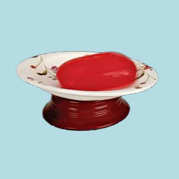 <PRE>Janet Collection Ceramic Soap Dish Wood Base  </PRE>