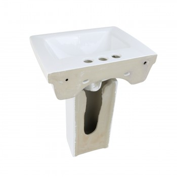 <PRE>Renovator's Supply Child White Bathroom Pedestal Sink Centerset Faucet Holes</PRE>zoom3