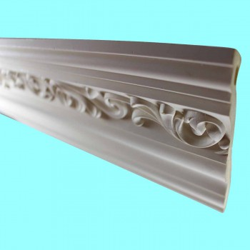 "spec-<PRE>Ornate Cornice White Urethane  94"" L  Zoe </PRE>"