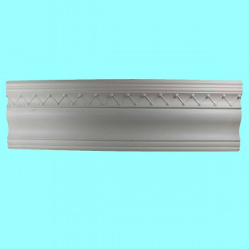 <PRE>Cornice White Urethane Sample of 10983 23.5&quot; Long </PRE>