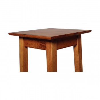 <PRE>Lamp Table Heirloom Pine Canterbury End Table Living Room 25 Inch Height</PRE>zoom4