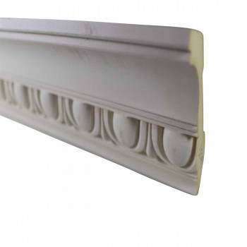 <PRE>Cornice White Urethane 23.5&quot; Sample of 11387 </PRE>