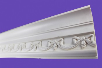 <PRE>Cornice White Urethane Sample of 11394 23.5&quot; Long </PRE>