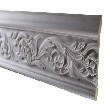 <PRE>Cornice White Urethane Sample of 11657 23.5&quot; Long </PRE>