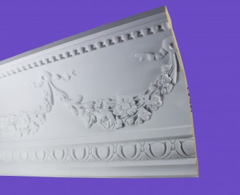 <PRE>Cornice White Urethane Sample of 18865 18.75inch Long </PRE>zoom8