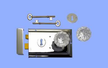 "<PRE>Rim Lock Victorian Chrome W/Glass Knob  4.88inch L x 3.25"" H </PRE>zoom2"