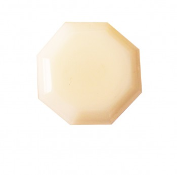 <PRE>Cabinet Knob Milk Glass W/ Antique Brass Back </PRE>zoom3