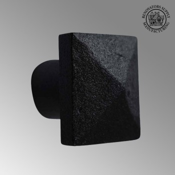 <PRE>Cabinet Knob Square Black Iron 1 1/4inch </PRE>zoom2