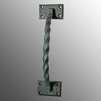 <PRE>Wrought Iron Door Pull Twist Black Rustproof Finish </PRE>