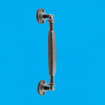 <PRE>Wrought Iron 10 1/4inch Door Pull Rust Resistant Colonial Style Design| Renovator'</PRE>zoom2