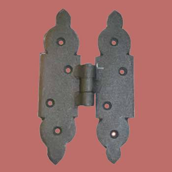 <PRE>Cabinet Hinges Black Iron H Hinge 5 1/8inchH x 3 1/8&quot;W </PRE>zoom2
