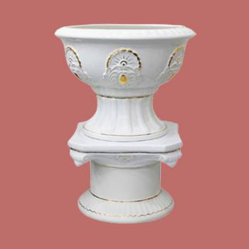 <PRE>Planters White Ceramic Pedestal and Vase 31inchH </PRE>zoom2