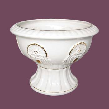 <PRE>Planters White/Gold Ceramic Ornate Vase 18inchH </PRE>zoom2
