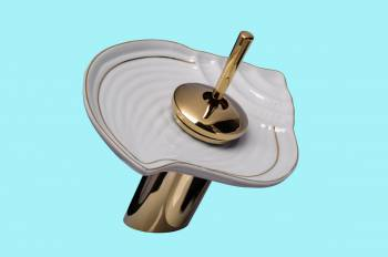 <PRE>Waterfall Faucet Cast Heavy Brass PVD Short Ceramic 7inch H </PRE>zoom2