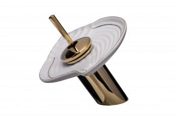 <PRE>Waterfall Faucet Cast Heavy Brass PVD Short Ceramic 7inch H </PRE>zoom4