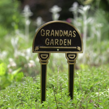 Solid Brass Sign Garden Yard  GRANDMAS GARDEN Plaques 17134grid