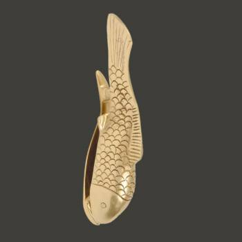 spec-<PRE>Solid Brass Vintage Door Knocker Koi Fish 7.5&quot;H </PRE>