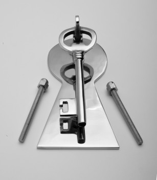 <PRE>Chrome Solid Brass Vintage Door Knocker Key Plate 6inch H </PRE>zoom2