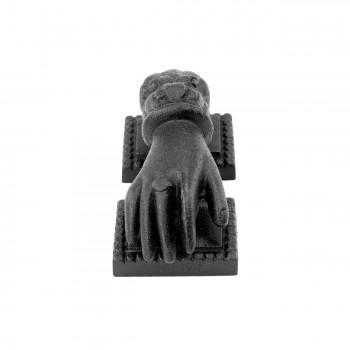 <PRE>Door Knocker Black Cast Iron Hand 4inch H x 1 15/16&quot; W </PRE>zoom4