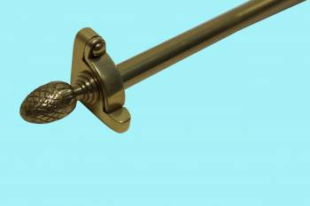 <PRE>Carpet Rod Set Brass RSF 36inch Smooth Tubing Pineapple Finial </PRE>zoom2