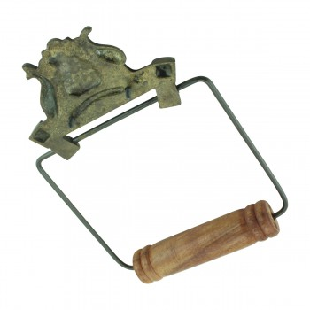 <PRE>Toilet Paper Holder Wall Mount Antique Brass Victorian Hands Tissue Holder </PRE>zoom6