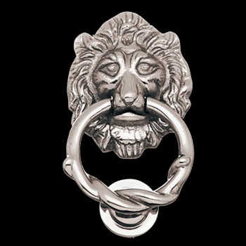 <PRE>Lion Head Door Knocker Chrome Cast Brass 6 1/4 H X 3 5/8 W </PRE>