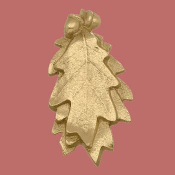 <PRE>Solid Brass Door Knocker Oak Leaf 6inchH x 3&quot;W </PRE>zoom2
