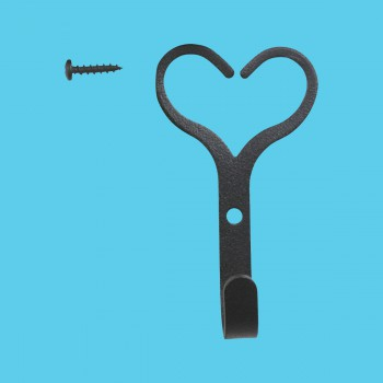 <PRE>Robe Hook Black Wrought Iron Heart Shape </PRE>zoom2