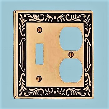 <PRE>Victorian Switch Plate Toggle Outlet Antique Solid Brass </PRE>zoom2