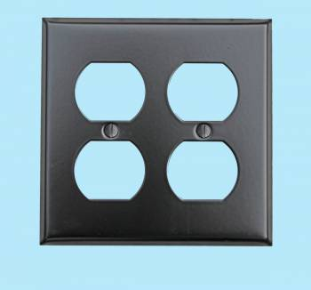 <PRE>Switchplate Black Steel Double Outlet </PRE>zoom2
