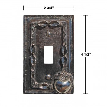 spec-<PRE>Switchplate Antique Silver Apple Toggle </PRE>