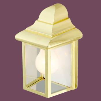 <PRE>Outdoor Lighting Bright Brass Light </PRE>