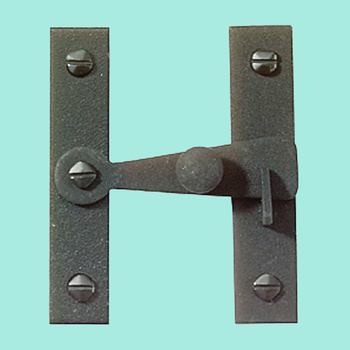 <PRE>Black Wrought Iron Wrought Iron inchH&quot; Flush Cupboard Latch</PRE>zoom2