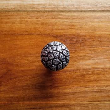 <PRE>Iron Cabinet Knob Round Cobble Stone Design Pewter Finish Cabinet Hardware</PRE>zoom2