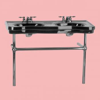 <PRE>Black Console Sink Double Deluxe with Black Nickel Bistro Legs</PRE>zoom2