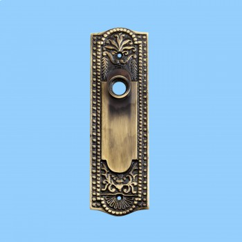 <PRE>Door Back Plate Antique Brass Beaded Without Keyhole 7 1/4inch H</PRE>zoom2