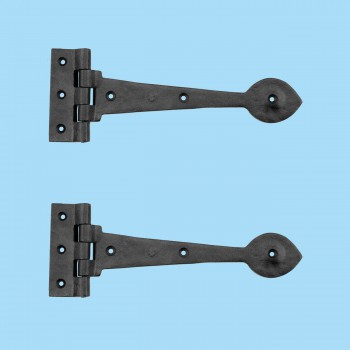 spec-<PRE>Strap Hinges Black Cast Iron Heart Shape 10&quot; Set of 2 </PRE>
