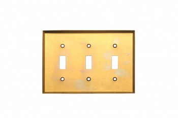 <PRE>Switchplate Bright Solid Brass Triple Toggle Wall Plate </PRE>zoom3