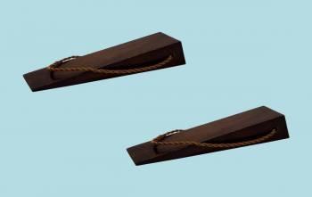 <PRE>Hardwood Doorstop Wedge - Plain Brown Walnut Finish   </PRE>zoom2