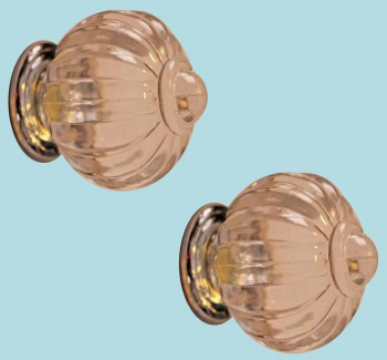 <PRE>2 Cabinet Knob Clear Acrylic 1 1/2inch Dia W/ Chrome Back </PRE>zoom2