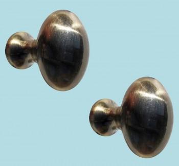 <PRE>2 Cabinet Knob Antique Solid Brass </PRE>