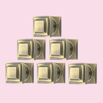 <PRE>6 Cabinet Knob Cast Antique Brass 1'' Square </PRE>