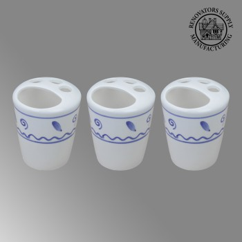 <PRE>3 Bathroom Toothbrush Holders Blue &amp; White Ceramic </PRE>