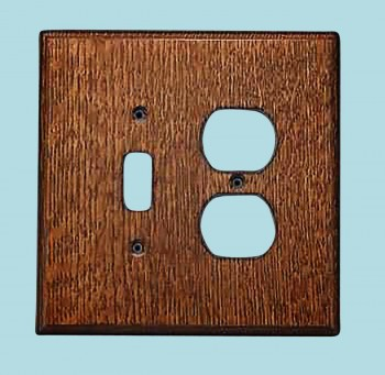 <PRE>Switchplate Oak Toggle/Outlet </PRE>zoom2