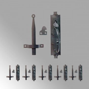 <PRE>6 Colonial Norfolk Door Latches Heavy Duty Iron  8inch H </PRE>zoom2