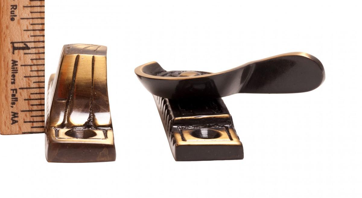 <PRE>8 Ornate Solid Brass Window Sash Lock Antique Brass </PRE>