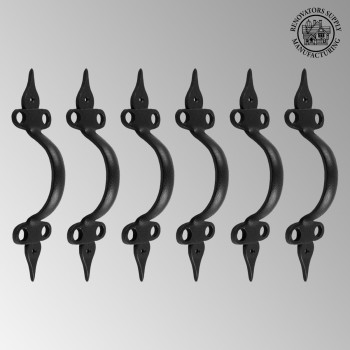 <PRE>6 Door Pull Spear Black Wrought Iron 10 1/2&quot; </PRE>