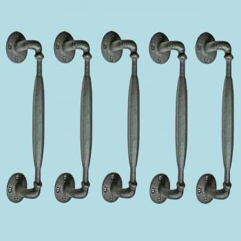 <PRE>Door Pulls Black Wrought Iron Rustproof Set of 5 </PRE>