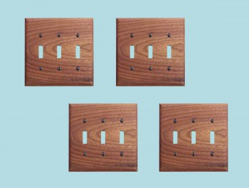 <PRE>4 Switchplate Walnut Triple Toggle </PRE>zoom2