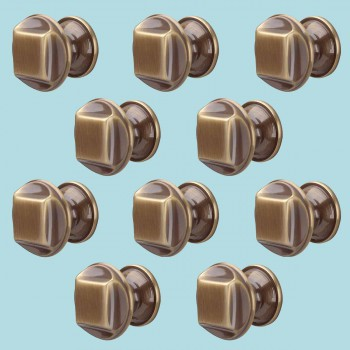 <PRE>10 Cabinet Knob Antique Brass 1 1/4inch Dia </PRE>zoom2